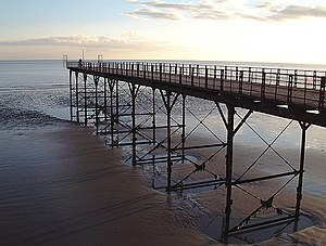 Bognor Regis - Bognor Regis Pier at low tide