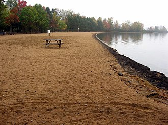 Bonnechere Provincial Park - Image: Bonnechere beach