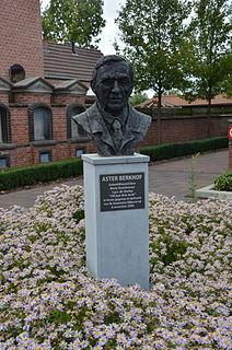 Aster Berkhof Belgian writer