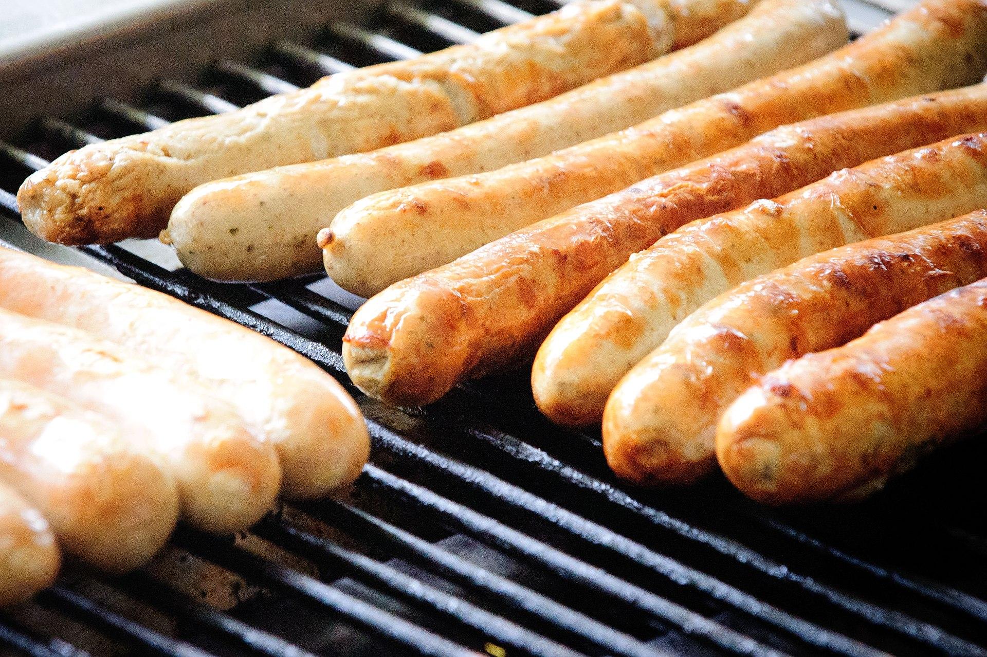 Bratwurst Hot Dog