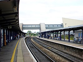 Bristol Parkway platform view from east.jpg
