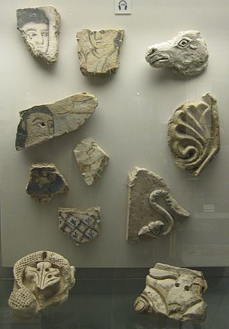 Abbasid Samarra - Fragments of painted or carved plaster from interiors
