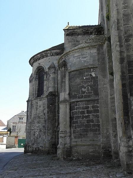 Abside et absidiole nord de l'église Notre-dame de Bruyères-et-Montbérault (02).