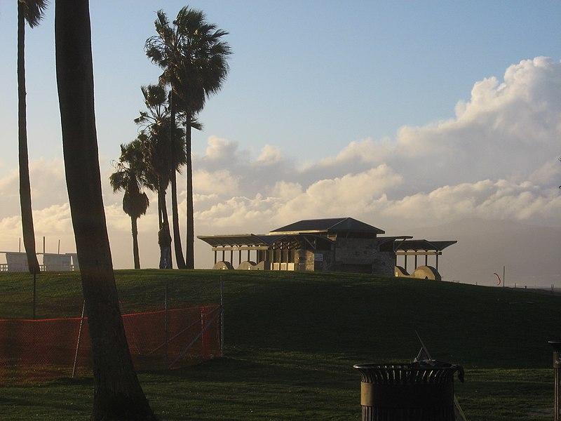 File:Building at sunset Venice Beach.JPG