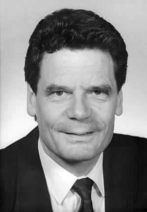 Bundesarchiv Bild 183-1990-0622-326, Joachim Gauck