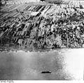 Bundesarchiv Bild 195-0342, Rheinbefliegung, Koblenz-Wallersheim - St. Sebastian.jpg