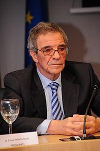 """César Alierta Izuel, presidente del Consejo social de la UNED"""".jpg"""