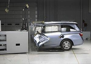 Crash test - Frontal small-overlap crash test of a 2012 Honda Odyssey.