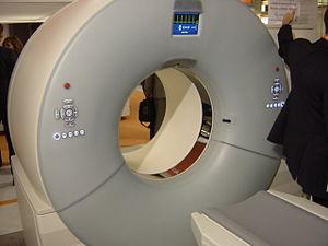 CT-scan à doubles tubes.