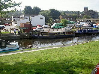 Mirfield - Image: Calder and Hebble canal at Mirfield. geograph.org.uk 362132