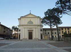Carnate, Piazza.JPG