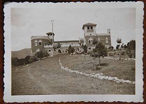 El Castillo Hotel - Farmhouse of Las Playas Estancia, 1870.