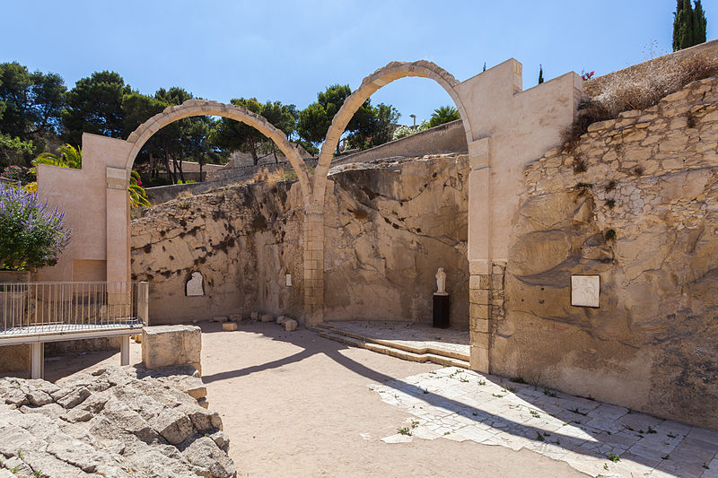 Archivo:Castillo de Santa Bárbara, Alicante, España, 2014-07-04, DD 54.JPG