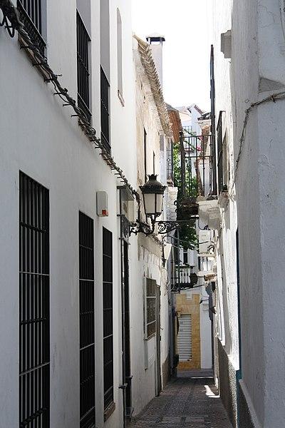 File:Centro Histórico Marbella.jpg