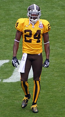 1faf84002 Champ Bailey wearing a Denver Broncos throwback uniform in 2009