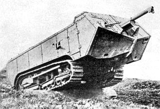 Compagnie des forges et aciéries de la marine et d'Homécourt - The Char Saint-Chamond showing the overhanging front hull and the later M.1897 75 mm field gun