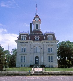 Chase County Courthouse designed by کاپیتول ایالت کانزاس architect John G. Haskell