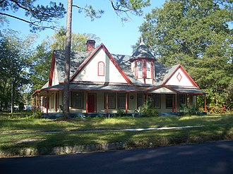 National Register of Historic Places listings in Washington County, Florida - Image: Chipley Hist Dist house 01a