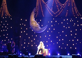 """Hurt (Christina Aguilera song) - Aguilera performing """"Hurt"""" against a circus-inspired theme on her Back to Basics Tour in 2006"""
