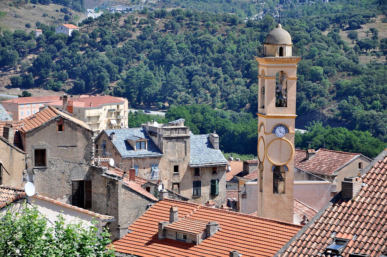 Bon Samedi 1280px-Church_tower_in_Corte