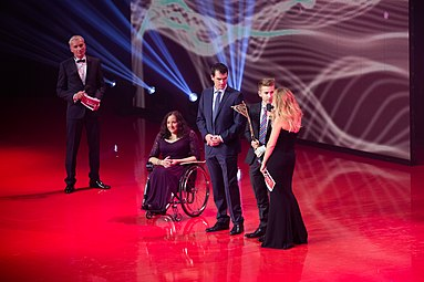 Claudia Lösch Patrick Mayrhofer Gala Nacht des Sports Österreich 2015 Matthias Lanzinger Rainer Pariasek Mirjam Weichselbraun.jpg