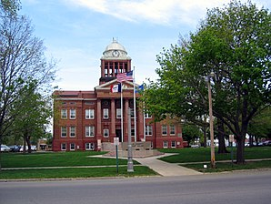 Das Clay County Courthouse in Spencer, seit 1981 im NRHP gelistet[1]