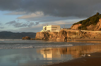 Ocean Beach, San Francisco - Cliff House from Ocean beach