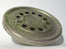 Antica capsula microfonica a carbone