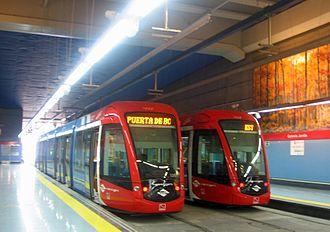 Colonia Jardín (Madrid Metro) - Image: Colonia Jardín ML2 y ML3