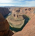 Colorado river horseshoe bend turn3.jpg