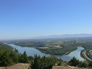 Confluence of the Rhone and Drome rivers 1.JPG