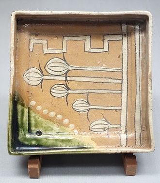 Mino ware - Mino ware cornered bowl in Oribe type, Edo period, 17th century
