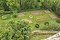 Coucy-le-Château-Auffrique, a garden.JPG