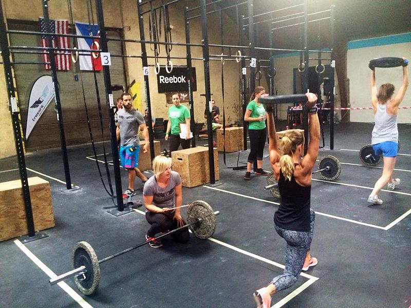 File:Crossfit gym cz.jpg