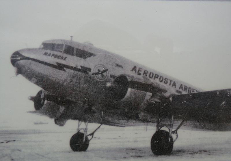 DC3 Mapuche, Argentina.JPG