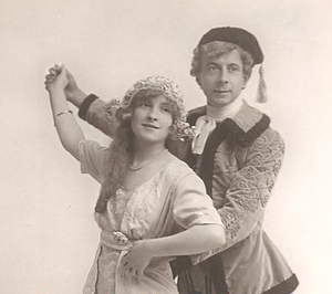 Gipsy Love (operetta) - Daisy Burrell with William Spray in the English touring production of 1913