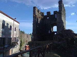 Policastro Bussentino - Defensive walls