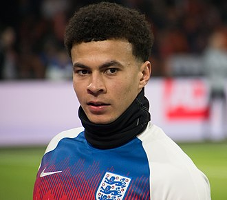 Dele Alli - Alli warming up for England in 2018