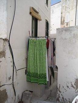 Drying cloth in south of Italy 2007