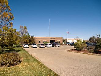 Dunn County, North Dakota - Image: Dunn County Courthouse Manning North Dakota 10 08 2008