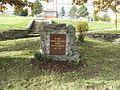 Dvorce (okres Bruntál), pomník osvobození.jpg
