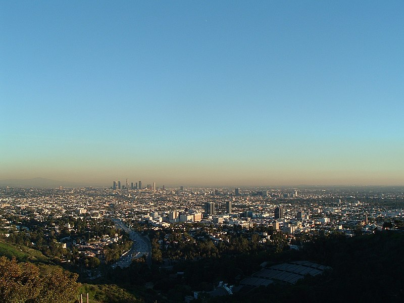 Archivo:East LA Basin from Mulholland.jpg