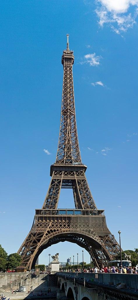 File:Eiffel Tower from northwest, August 2010.jpg ...