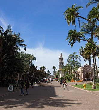 Balboa Park (San Diego) - El Prado, by the Casa Del Prado and several museums.