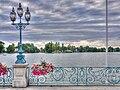 Enghien-les-Bains - Balustrade et lac HDR 01.jpg