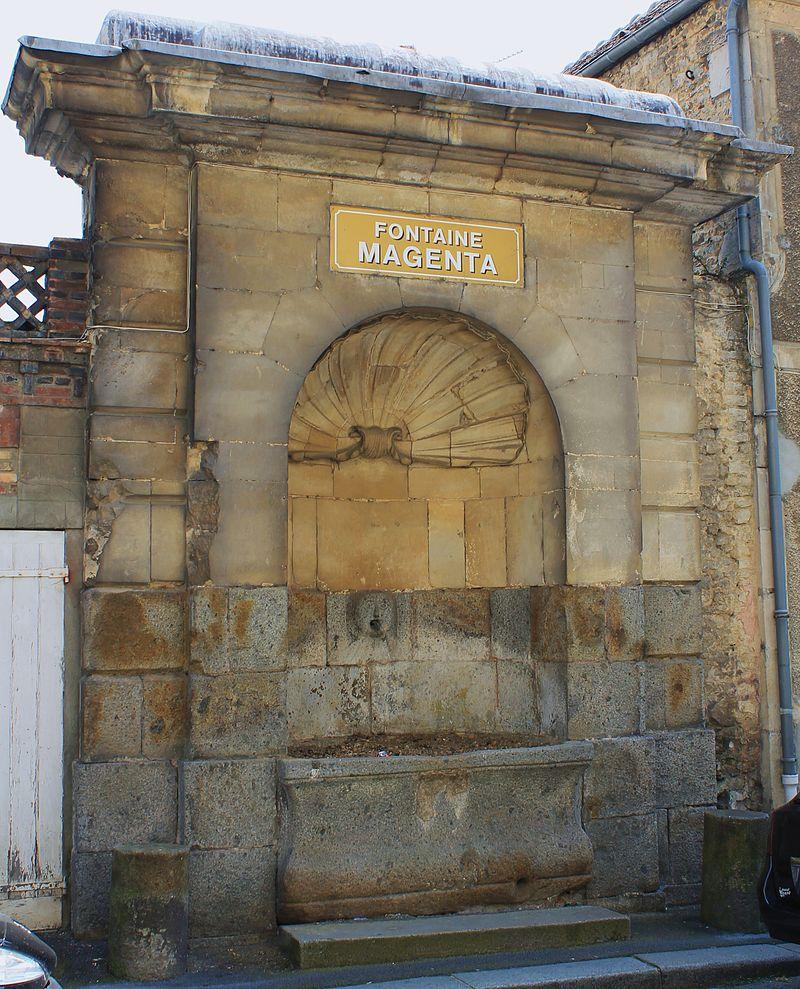 Falaise fontaine Magenta.JPG