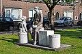 Familieportret Joods Monument PrinsBernhardlaan Woerden part1.JPG