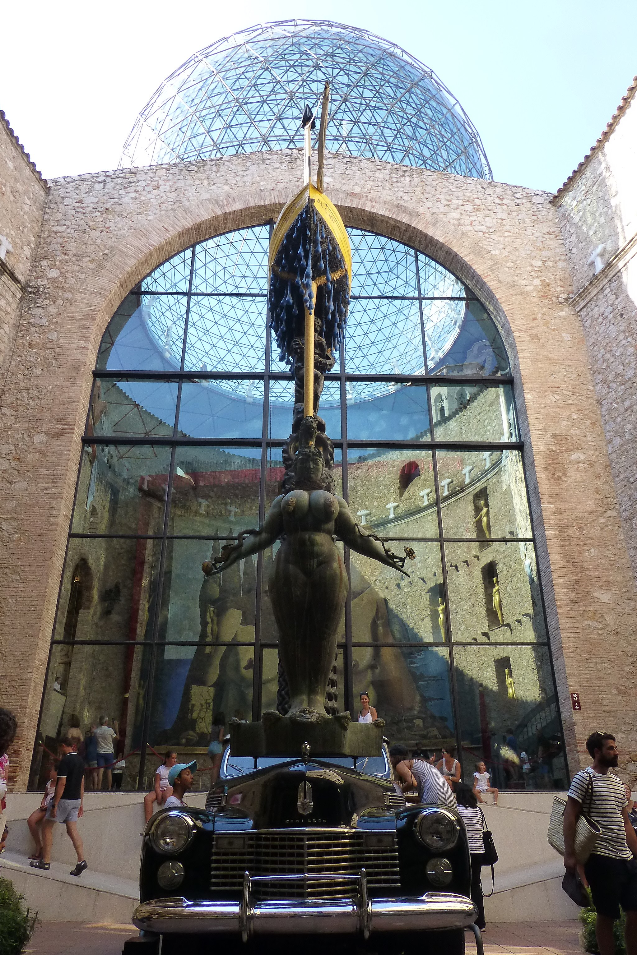 Museo Dali Figueres.File Figueras Museo Dali Jpg Wikimedia Commons