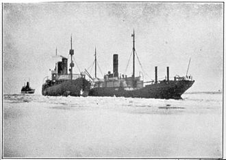 Sampo (1898 icebreaker) - Image: Finnish icebreaker Sampo (1898) assisting Castor in February 1918