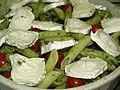Flickr - cyclonebill - Penne med pesto, cherrytomater, sorte oliven og gedeost.jpg